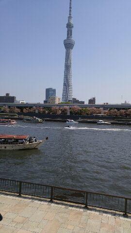 春の うらら の 隅田川